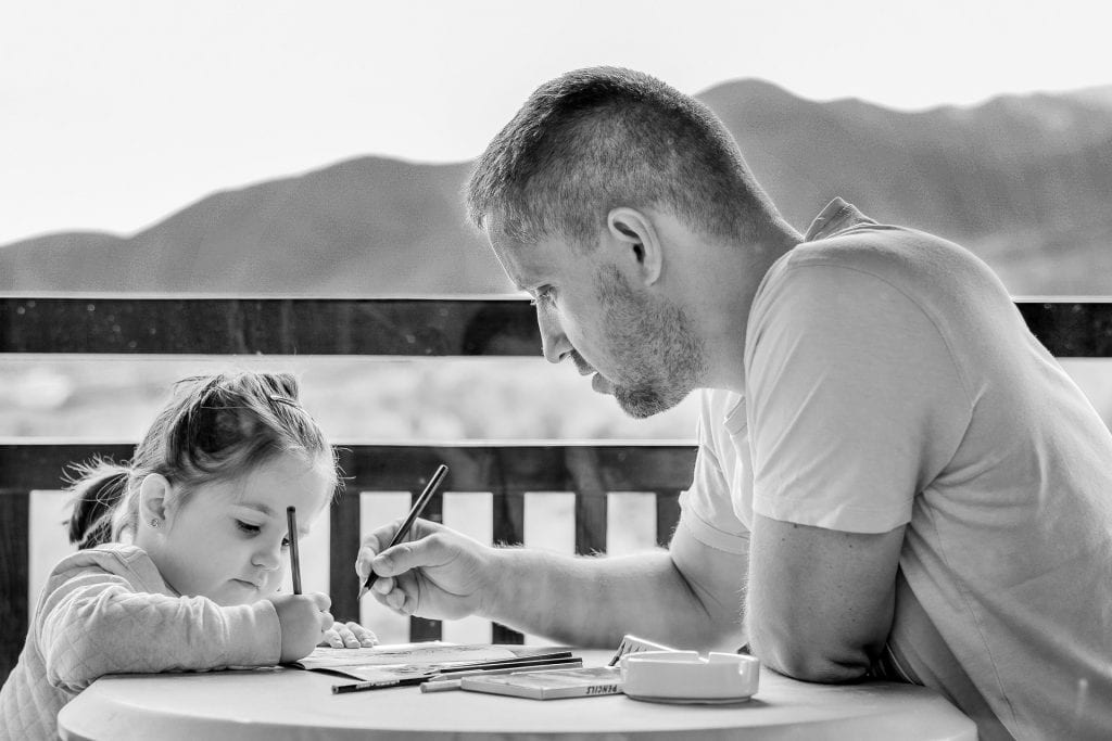 You know what to write, here are tips on how to write a thank you letter to your dad